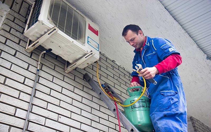 Bơm gas máy lạnh chuyên nghiệp