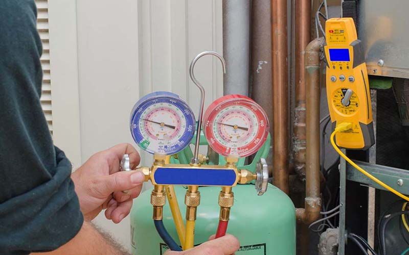 Bơm gas máy lạnh uy tín