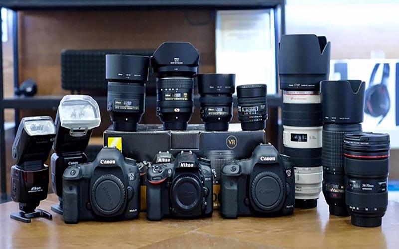 Mua máy ảnh chính hãng tại Máy ảnh Hoàng Tô
